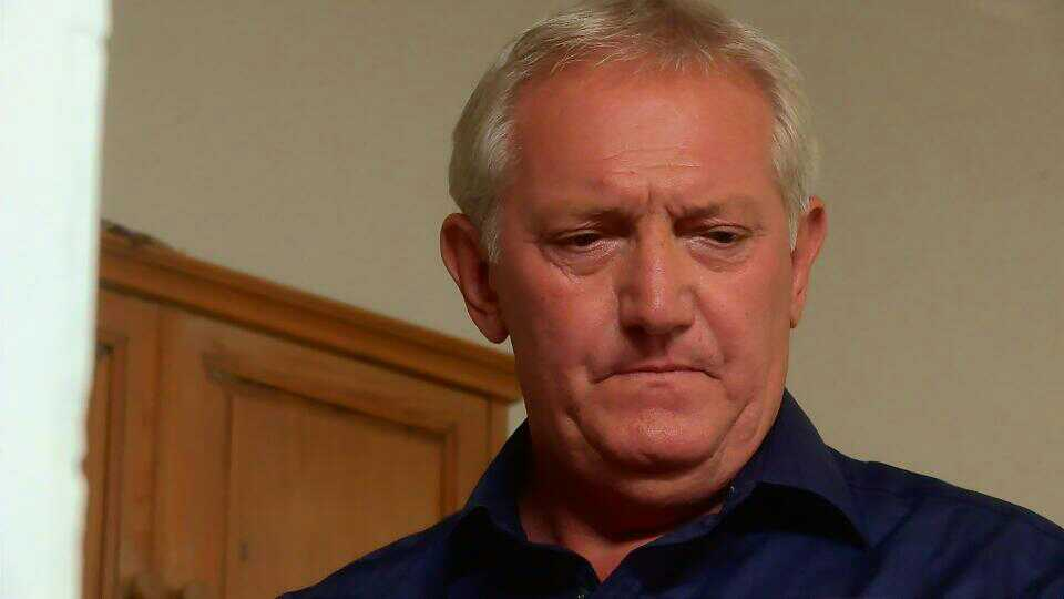 Graham Cole in Doctors 15th October 2015 ~03