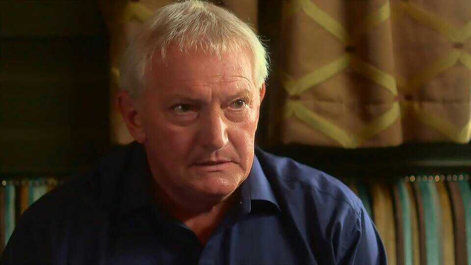Graham Cole in Doctors 15th October 2015 ~108