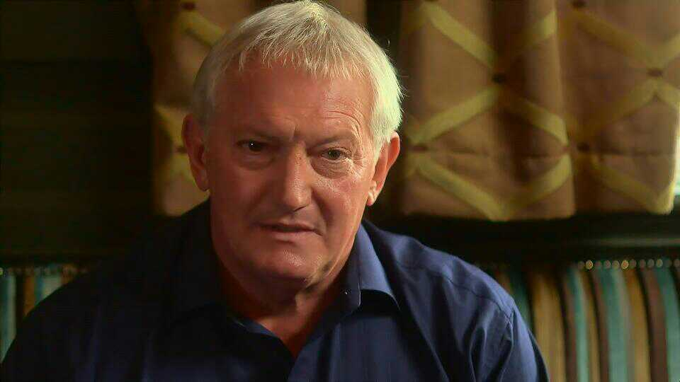 Graham Cole in Doctors 15th October 2015 ~112