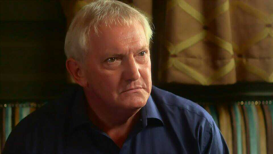 Graham Cole in Doctors 15th October 2015 ~120