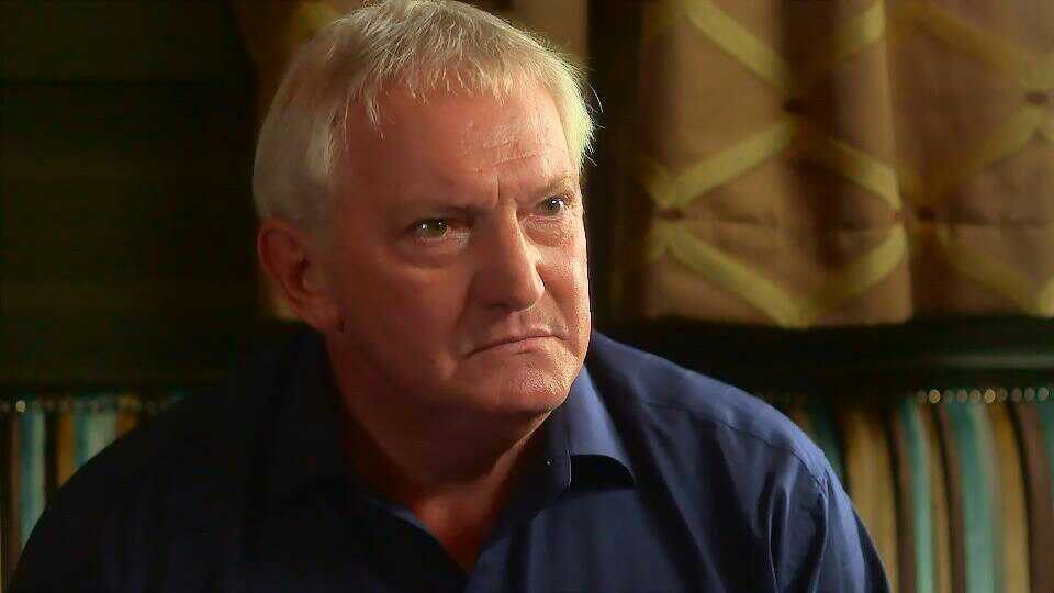 Graham Cole in Doctors 15th October 2015 ~121