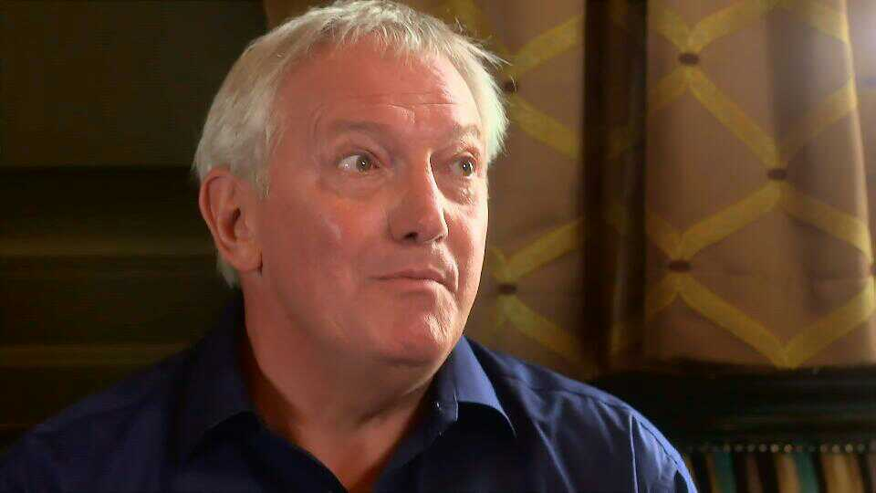 Graham Cole in Doctors 15th October 2015 ~37